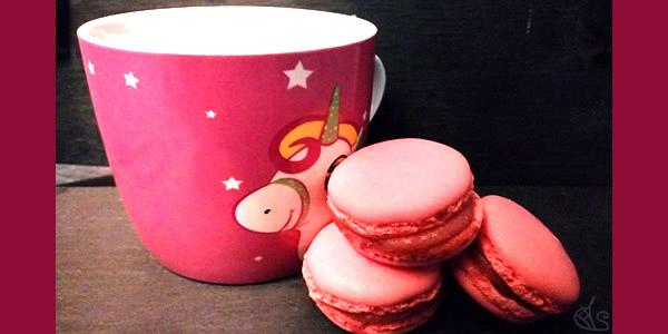 goûter gourmand macarons et thé pour octobre rose